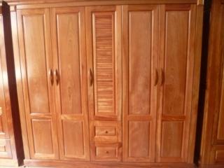 Bạn có biết tủ quần áo bằng gỗ giá bao nhiêu