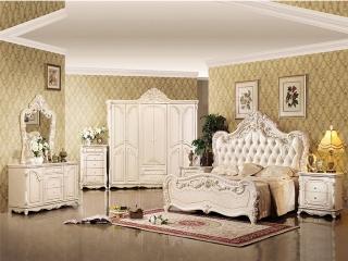 Lựa chọn tủ quần áo cổ điển cho phòng ngủ truyền thống